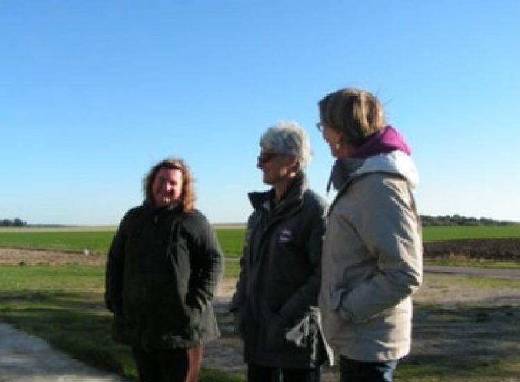 Anne, Monique et moi* en visite au pays des poulets amapiens